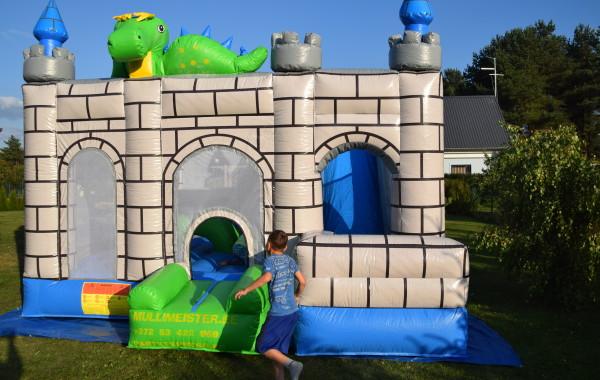 """Batuut liumäega """"Drakooni loss"""""""